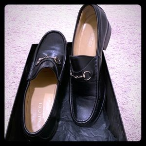 Ladies authentic Gucci Loafers